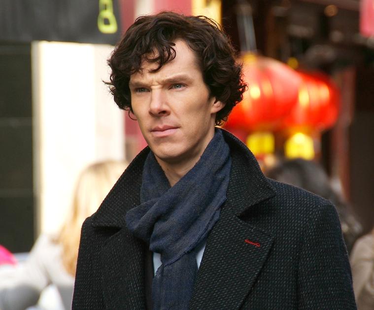 Benedict Cumberbatch filming Sherlock Holmes
