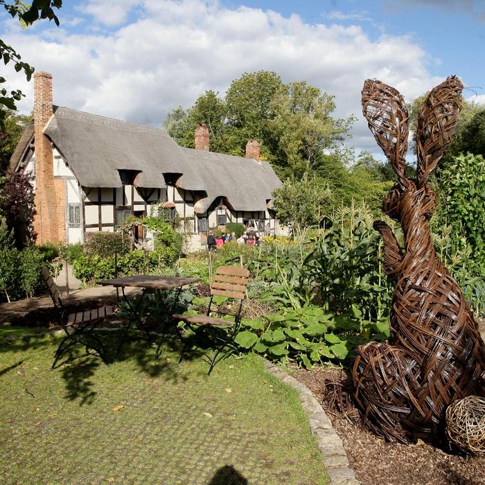 Anne Hathaway'€™s Cottage in Shottery, Stratford Upon Avon