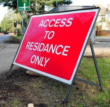 """The misspelt sign with the word """"RESIDANCE"""" in Rugby, Warwickshire"""