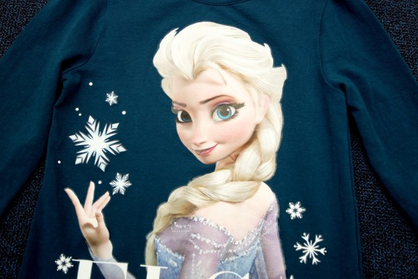 An image of Disney's Elsa from the animated film Frozen, on a t-shirt which has upset some parents