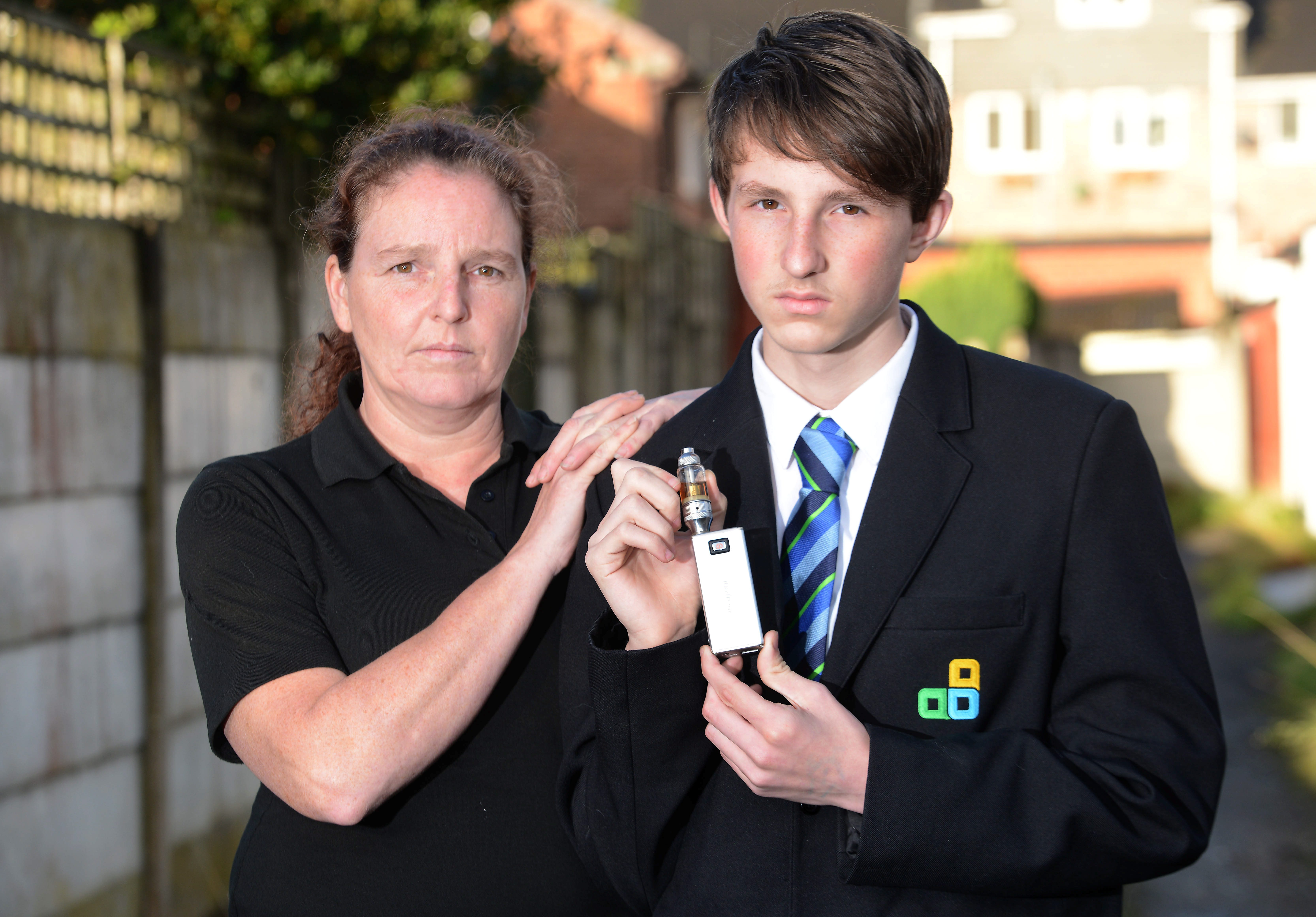 E's not a bad lad! : Mum slams school for confiscating 14