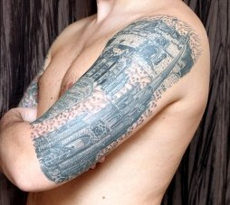 Craig Purves from Edinburgh who has shown how much he loves Scotland's capital city by having famous landmarks tattooed on his body