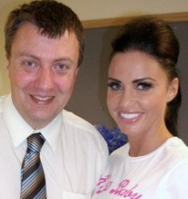 Reverse bucket list man Simon Mitchell with Katie Price where he set up a meeting with cancer sufferer Gabriella Davidson