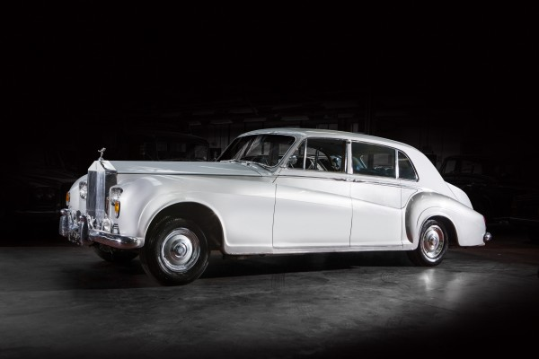 Elvis's former Rolls Royce limo which is set to sell for more than £180,000