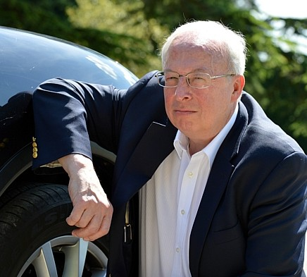 Alan Thompson who accidentally put the wrong fuel in friend Liz Moulton's Porsche