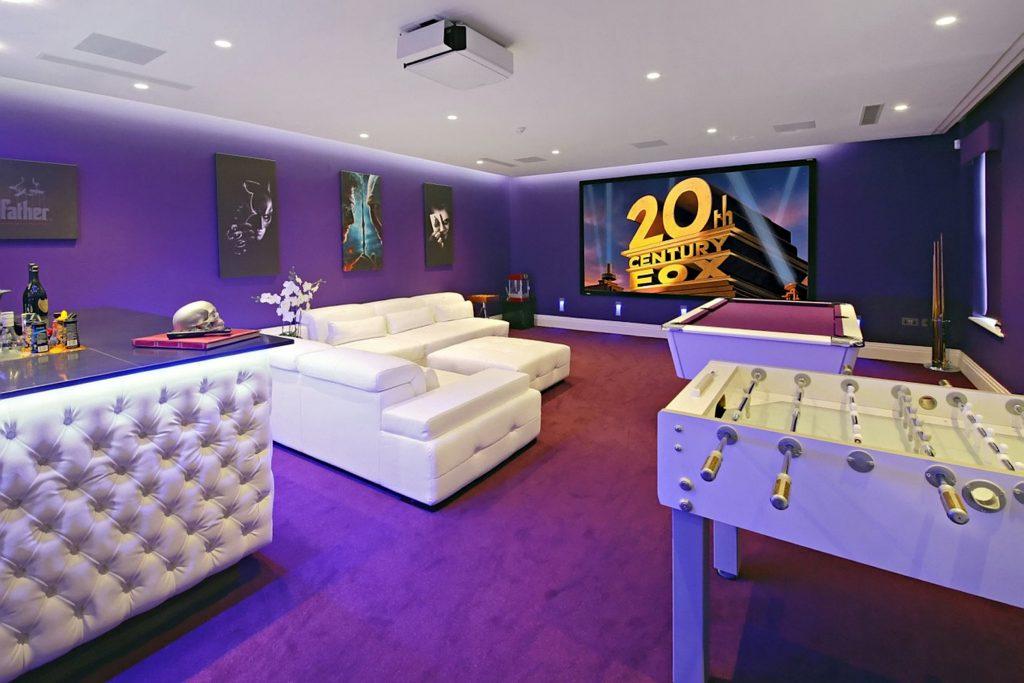 Steve Simmons games room.