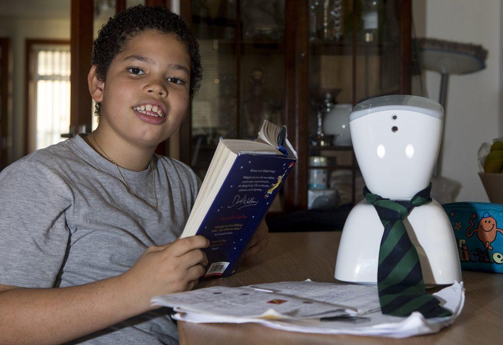 robot-in-school-42531