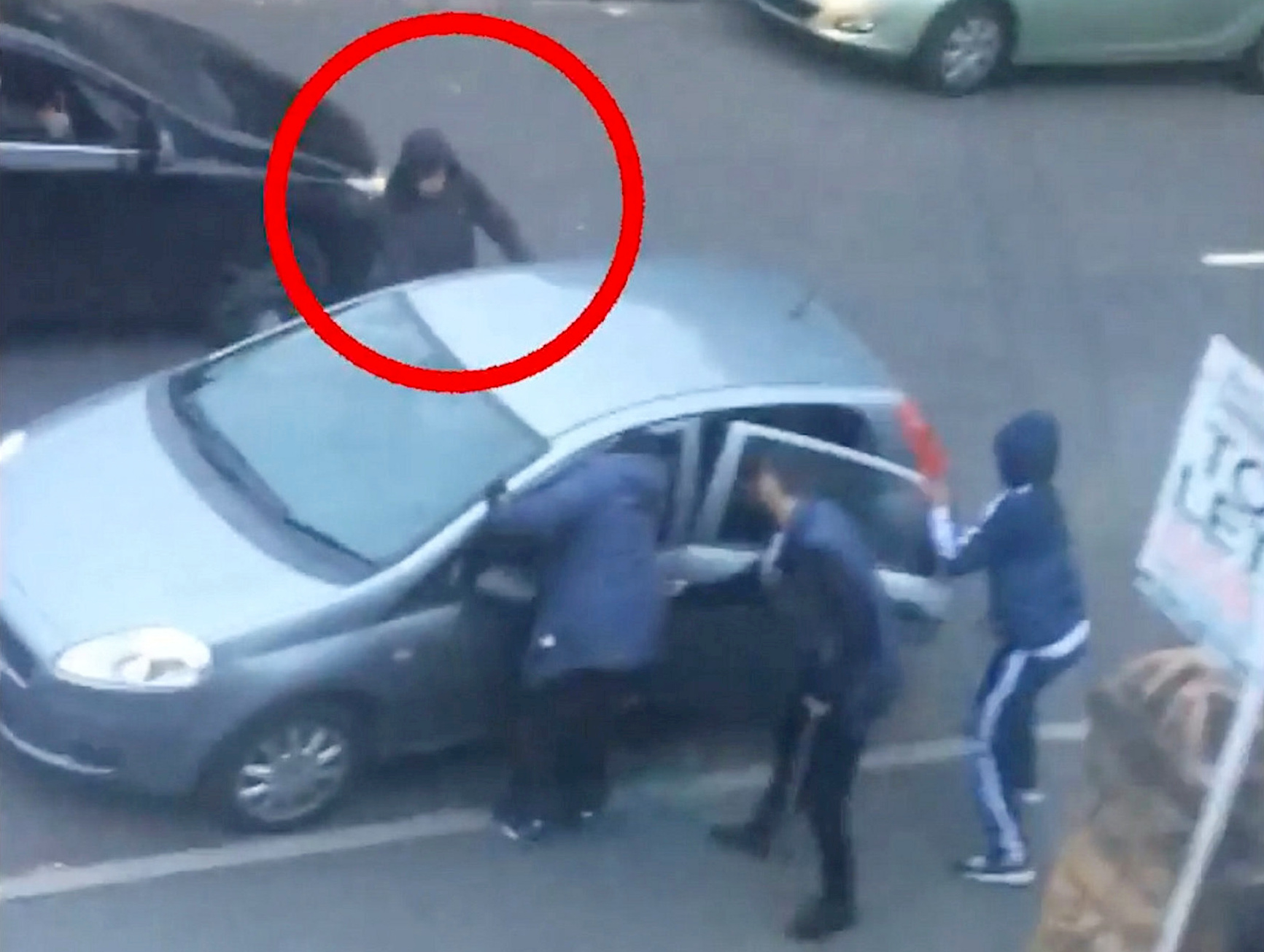 Police release shocking CCTV of the moment a killer stabbed a man to ...